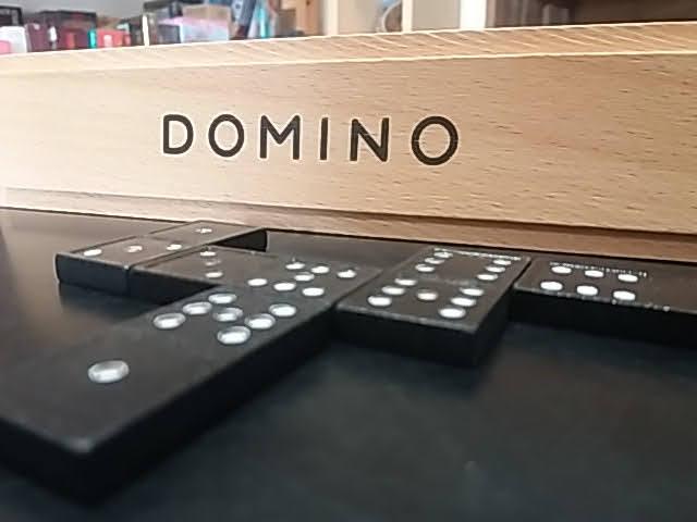 Klasszikus domino játék!