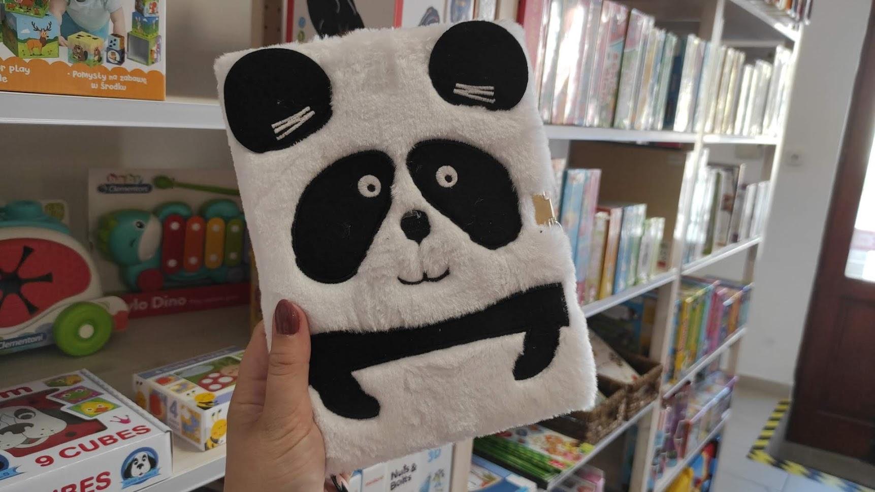 Aranyos plüss panda napló lakattal!