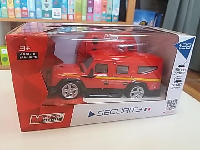 Szuper távirányítós tűzoltóautó!